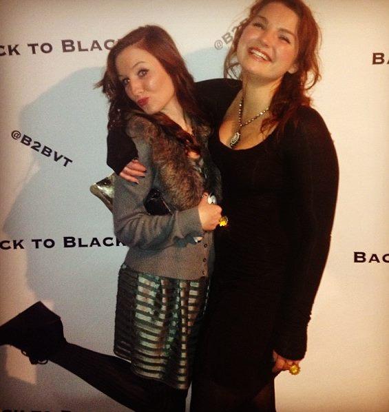 sis back to black