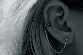 ear chain.jpg