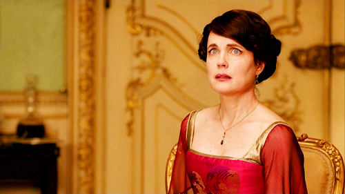 cora red dress.png