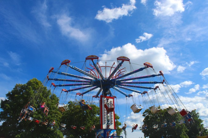 swing at fair.jpg