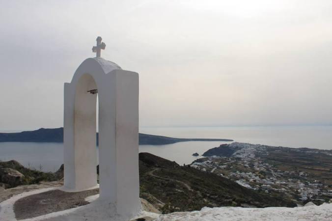 oia chapel.jpg